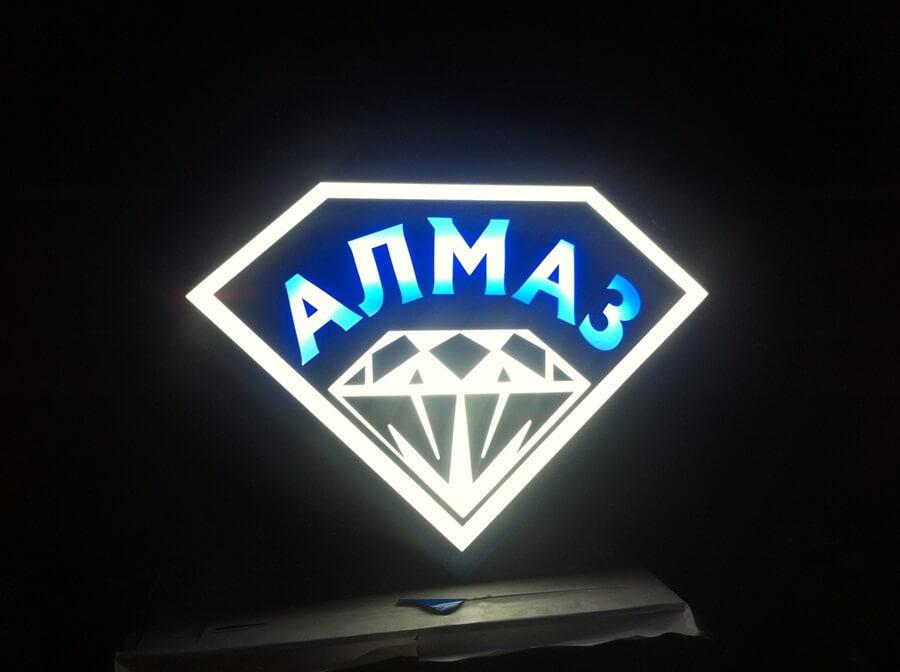 фигурный лайтбокс алмаз